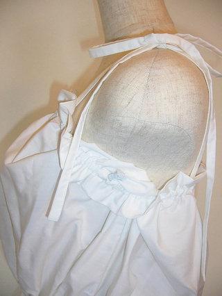 フラダンス衣装トップス リボンブラウス パウトップ無地(ホワイト)