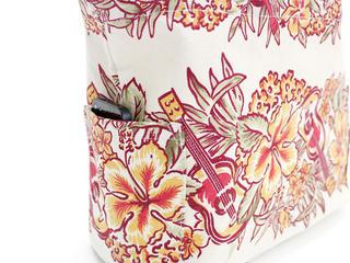 アロハメイド(Aloha MADE)キャンバス トートバッグ ウクレレハイビスカス ホワイト