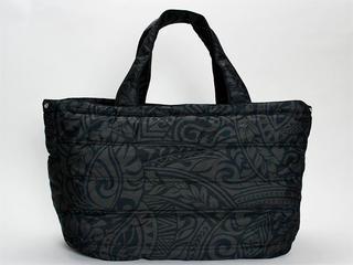 フララニ(Hula Lani)Lサイズトートバッグ タパリーフ ダークブラック