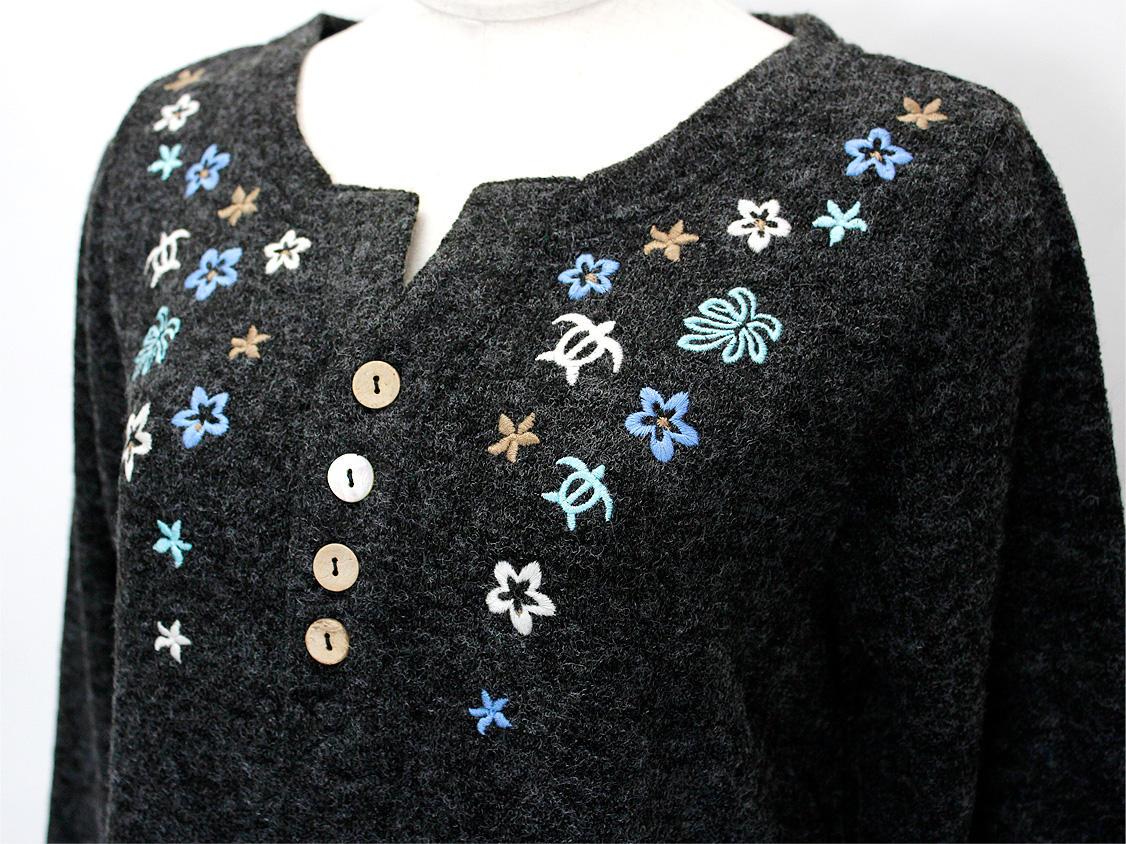 アロハメイド(Aloha MADE)ニットソーチュニックワンピース ハワイアン刺繍ブラックチャコール