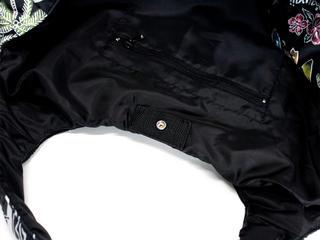 フララニ(Hula Lani)Mサイズトートバッグ ホリデイプリント ブラック