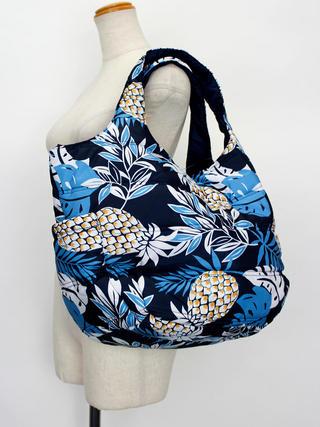 フララニ(Hula Lani)Mサイズトートバッグ ハワイアンパインリーフ ネイビー