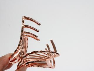シェルデザイン メタルヘアクリップ ピンクゴールド