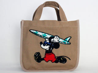 フララニ(Hula Lani)キャンバストートバッグ ディズニーコラボ サガラ&振り刺繍ミッキーマウス ベージュブラウン