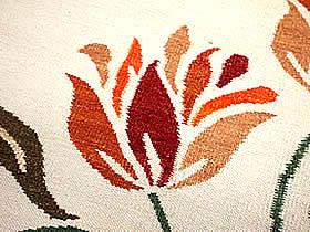 ハワイアン ラグ(平織り) アフリカンチューリップ(ホワイト)の生地拡大画像