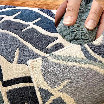 ハワイアン ラグ(段通織り) バナナリーフ(ブルー)の毛並み