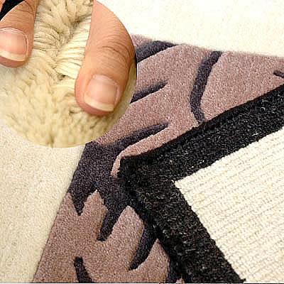 ハワイアン ラグ(段通織り) ラウアエファーン(チャコール)の毛並み