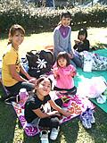 お子様とハワイアンアイテムを使ってピクニック